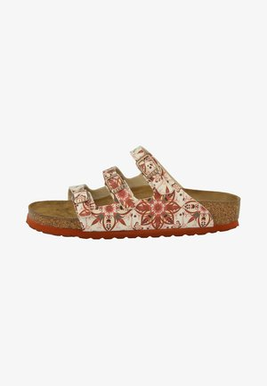 Mules - boho flowers earth red