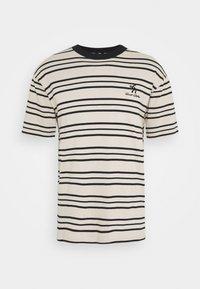 Sweet SKTBS - UNISEX SWEET LOOSE STRIPED TEE - Camiseta estampada - ecru/black - 3