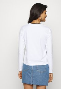 Calvin Klein Jeans - EMBROIDERY TIPPING - Langarmshirt - bright white - 2
