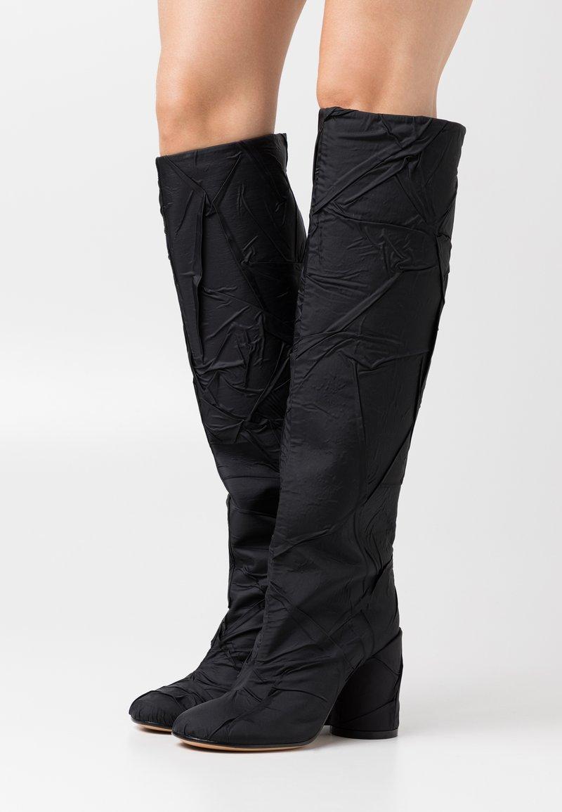 MM6 Maison Margiela - CRUSHED STIVALE TUBO STROPICCIATO - High heeled boots - black
