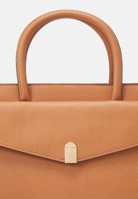 Anna Field - Handbag - camel - 4