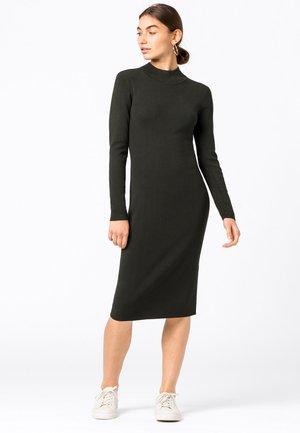Shift dress - oliv