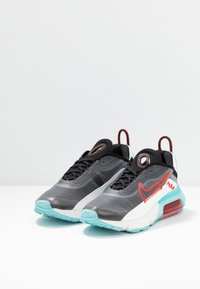 Nike Sportswear - AIR MAX 2090 - Sneaker low - black/chile red/bleached aqua/summit white - 6