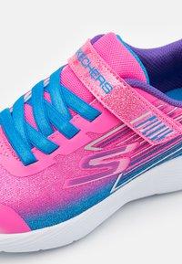 Skechers - DYNA LITE - Tenisky - pink sparkle/multicolor - 5