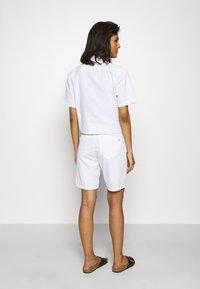 Mos Mosh - DECOR - Shorts - white - 2