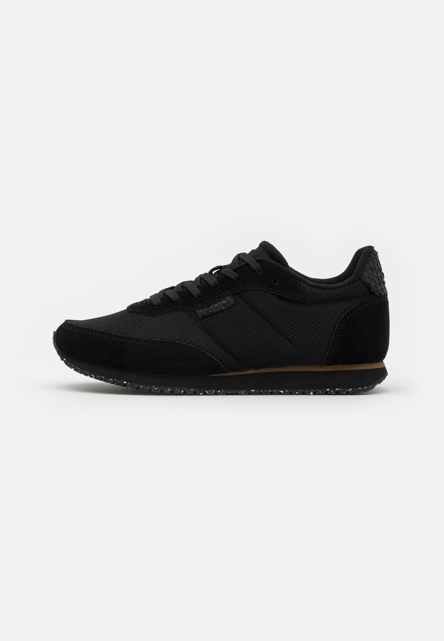 SIGNE - Sneakers basse - black