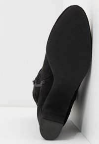 Bullboxer - Classic ankle boots - black - 6