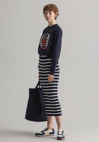 GANT - BRETON STRIPE SKIRT - Pencil skirt - evening blue - 3