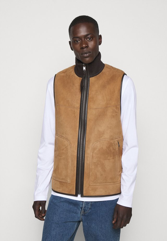 SHEARLING VEST - Veste sans manches - fallow brown