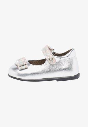 JETE - Ankle strap ballet pumps - silber