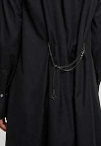 KARL LAGERFELD - Chemisier - black - 4