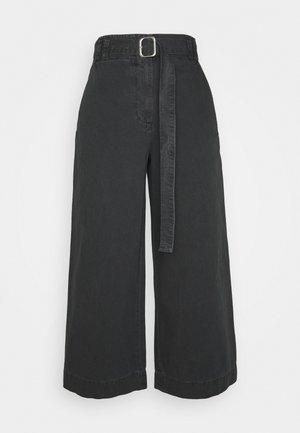 WASHEDBELTED PANT - Kalhoty - black
