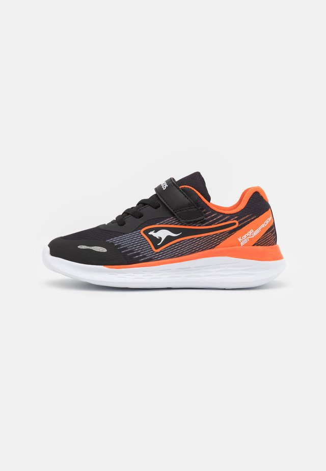 KQ-SWIFT  - Sneakers laag - jet black/neon orange