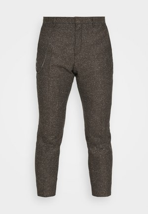 STANLEY TROUSER - Pantaloni - brown