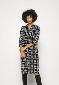 Wallis - CHAIN DRESS - Vestido ligero - mono - 0