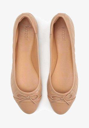 ADIANA - Bailarinas - light brown
