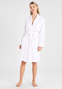 Lauren Ralph Lauren - ESSENTIALS COLLAR ROBE - Dressing gown - white - 1