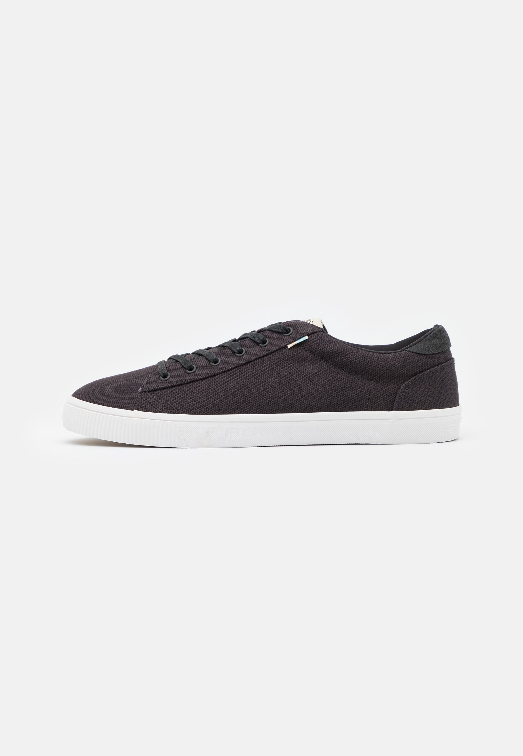 Homme CARLSON - Baskets basses