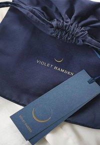Violet Hamden - HAMDEN  - Phone case - blau - 8