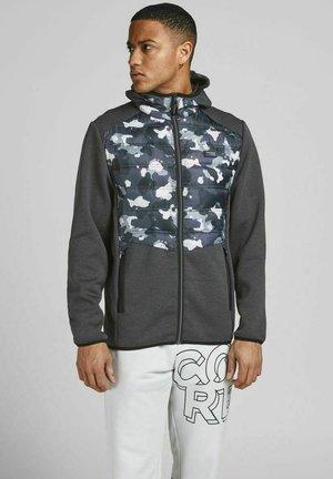JCOTOBY HYBRID JACKET - Training jacket - anthracite, bordeaux