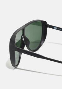Urban Classics - SUNGLASSES FLORES UNISEX - Sunglasses - black - 2