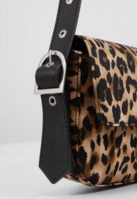 Who What Wear - SAIDE - Handbag - brown - 2
