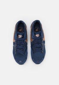 Nike Sportswear - AIR MAX FUSION  - Trainers - midnight navy/metallic red bronze/white - 3