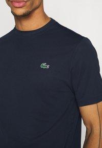 Lacoste Sport - TENNIS - T-shirt basic - navy blue - 5