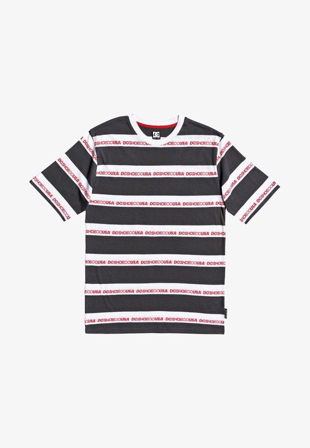 MIDDLEGATE - Camiseta estampada - black