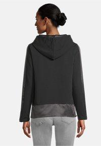 Betty Barclay - CASUAL - Sweatshirt - schwarz - 2