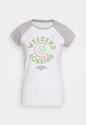 CORE RAGLAN - T-shirts med print - white