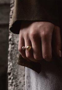 No More - BIG BOMB - Ring - gold - 2