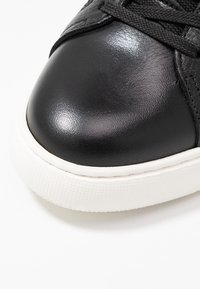 Bianco - BIAKING CLEAN - Joggesko - black - 2