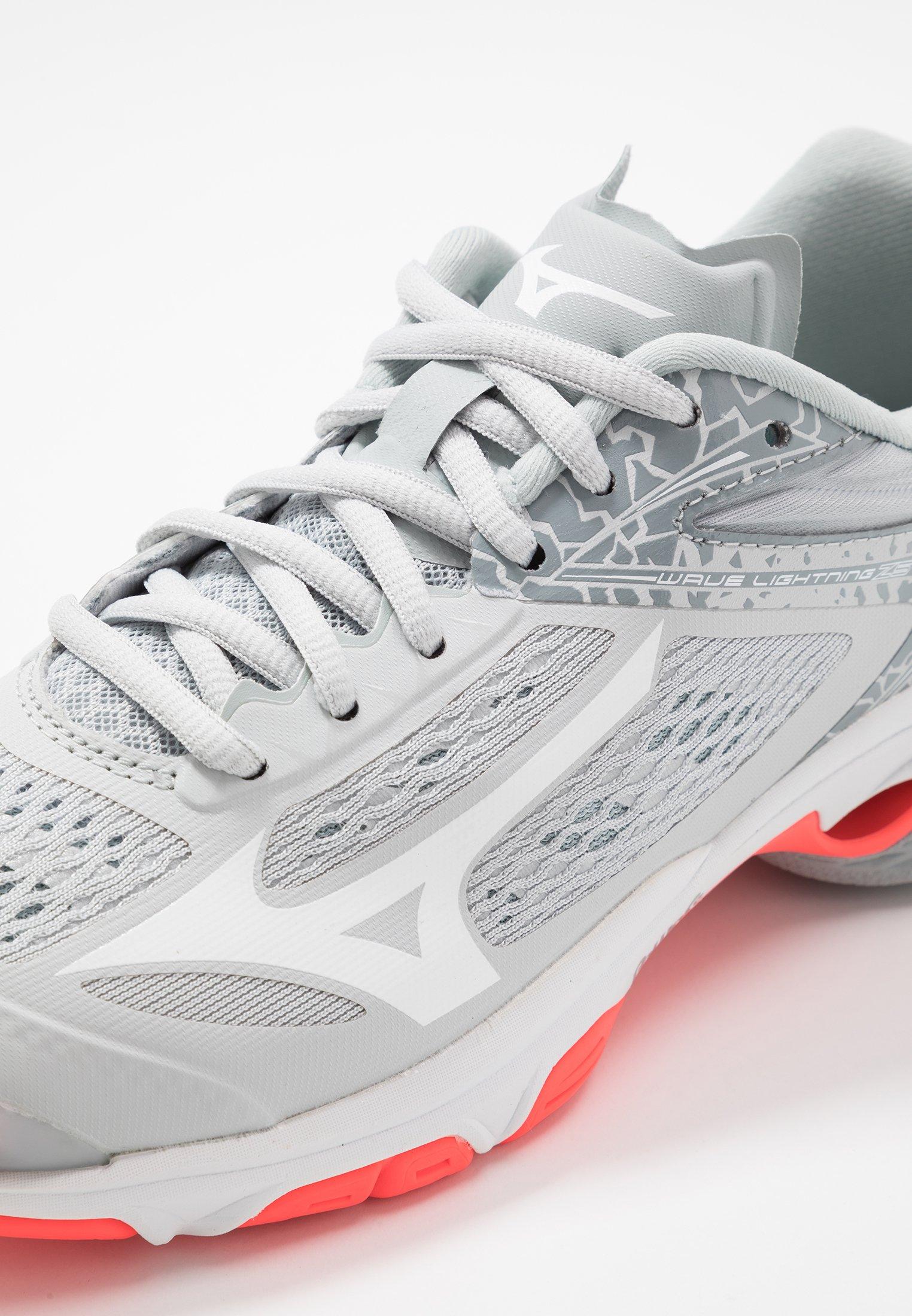 mizuno wave lightning z4 womens volleyball shoes video zalando