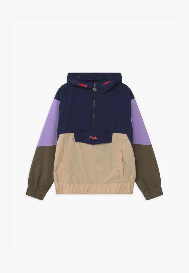 TILLI BLOCKED HOODED  - Training jacket - black iris/irish cream/sand verbena/grape leaf