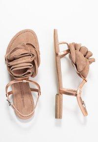 Kennel + Schmenger - ELLE - T-bar sandals - rose/skin - 3