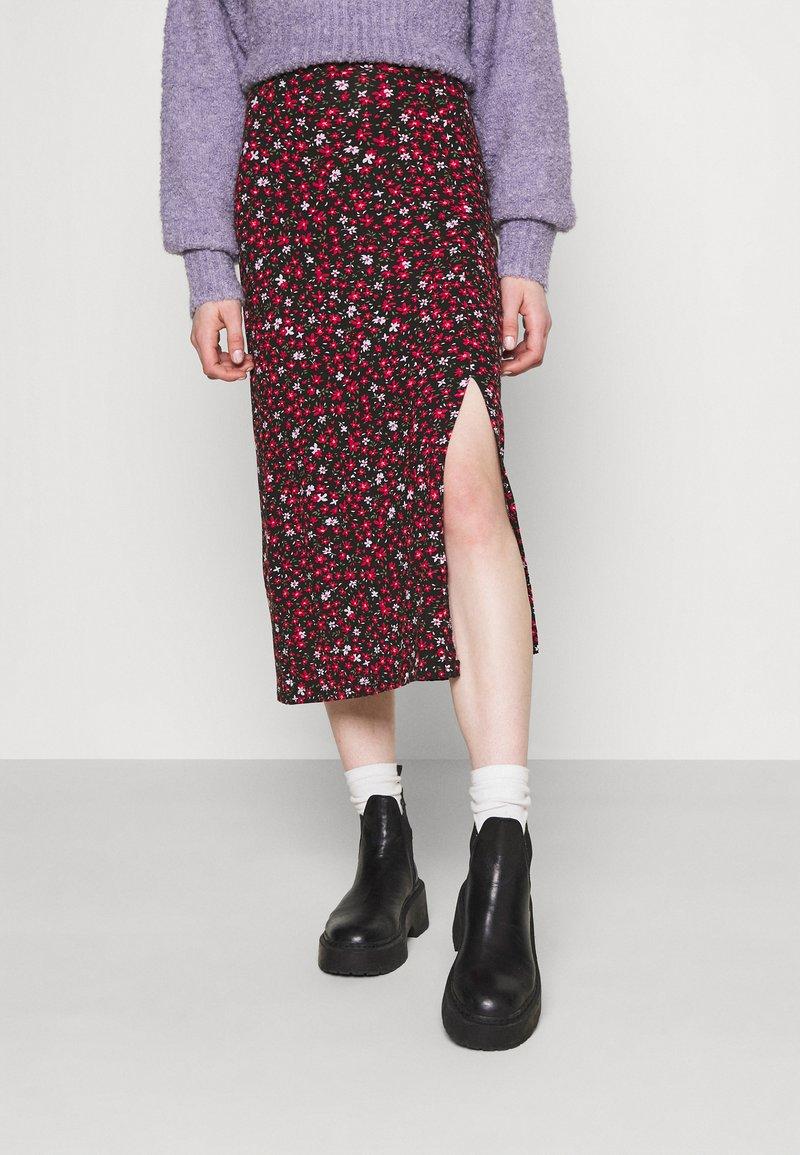 Even&Odd - Midi high slit high waisted skirt - Pennkjol - black/multi-coloured