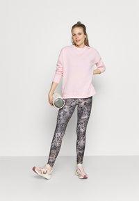 Cotton On Body - LONG SLEEVE CREW - Sweatshirt - pink sherbet - 1