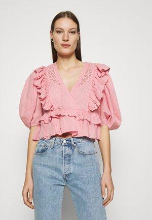 BLUSH BLOUSE - Print T-shirt - pink