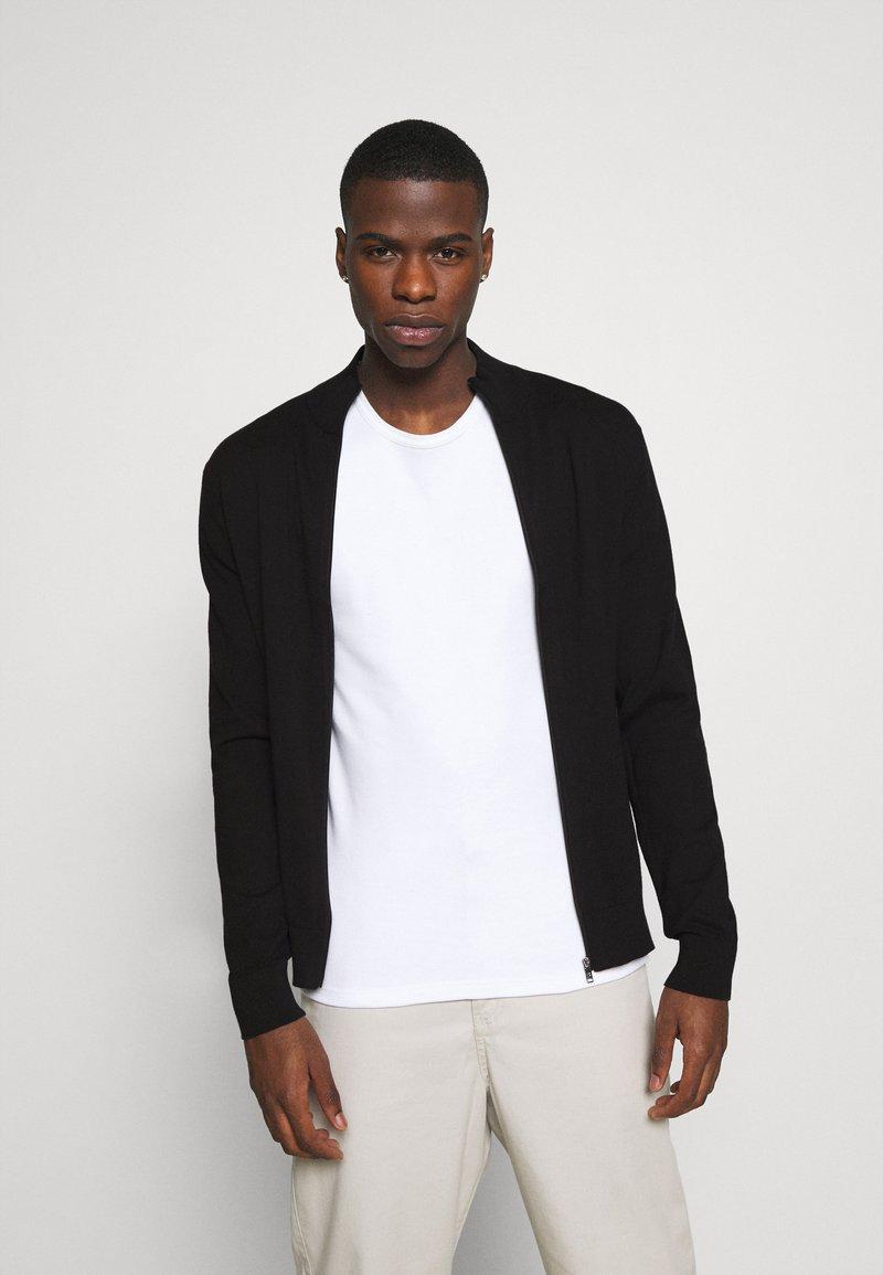 Burton Menswear London - FINE GAUGE ZIP THROUGH - Vest - black