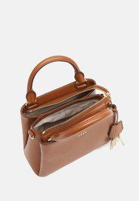 DKNY - SATCHEL - Handbag - caramel - 3