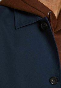 Jack & Jones PREMIUM - JJCAPE - Short coat - navy - 4