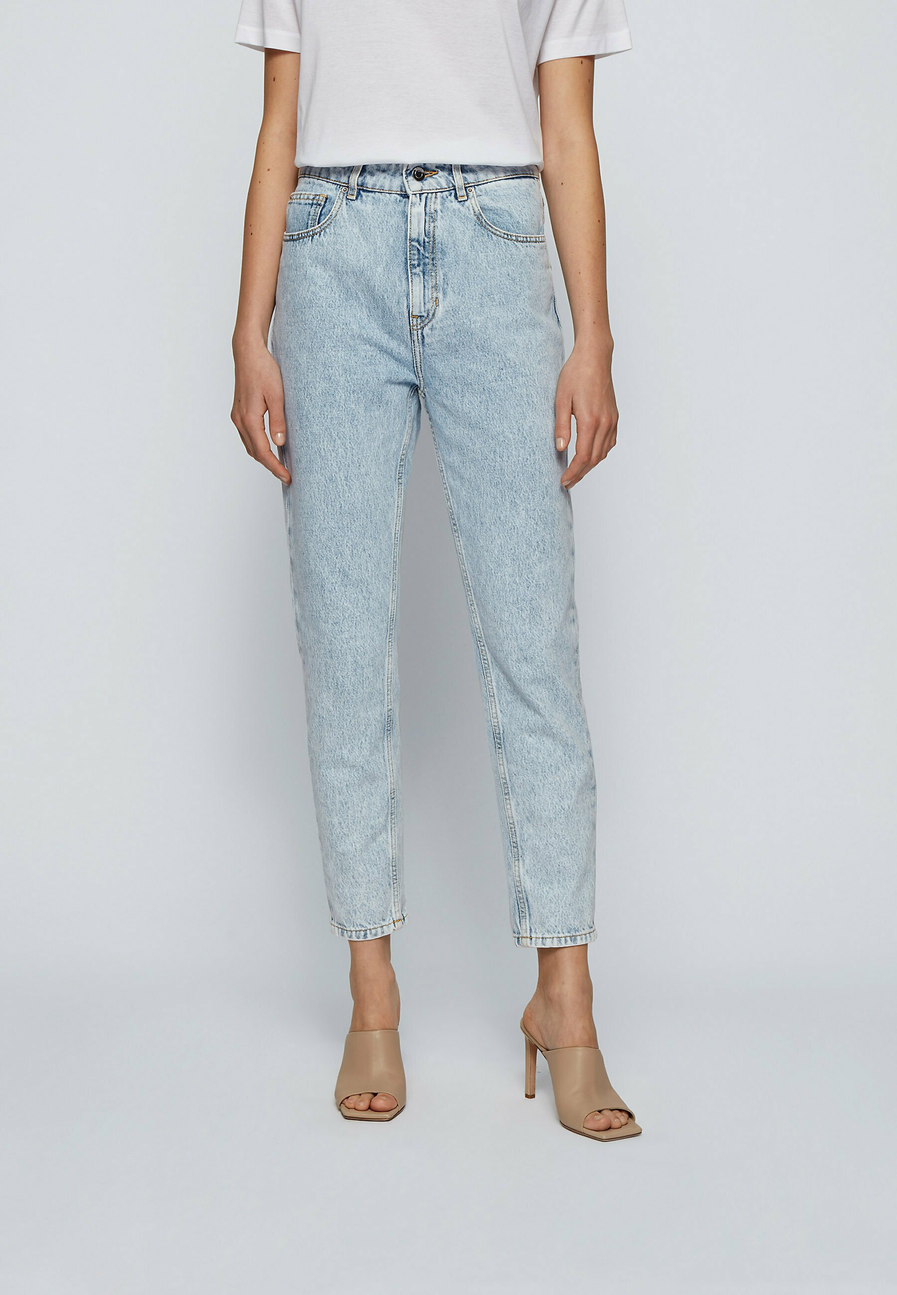 Women Slim fit jeans