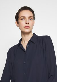 Filippa K - MARIELLE - Button-down blouse - navy - 3
