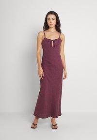 Afends - HIGHLAND - Maxi dress - red - 0