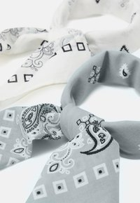 Pier One - BANDANA 2 PACK - Šátek - grey/white - 1