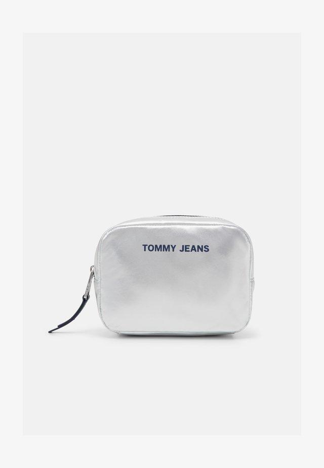 Kosmetická taška - grey