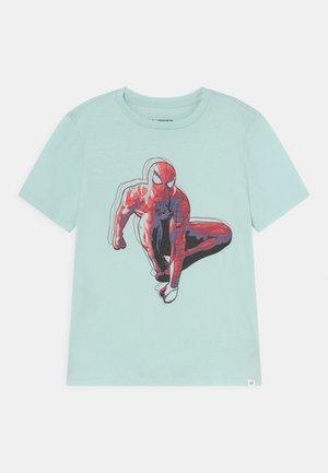 BOYS TEE - Print T-shirt - azul