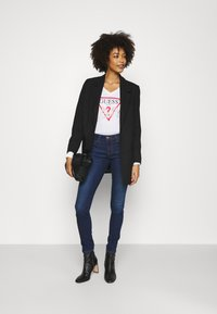 Guess - CURVE X - Jeans Skinny Fit - camden - 1