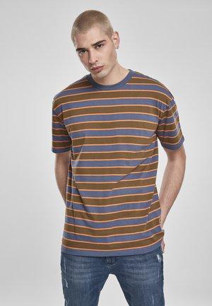 YARN DYED BOARD STRIPE - T-shirt basic - summerolive/vintageblue